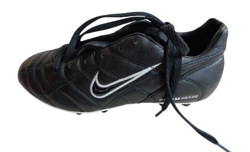 NIKE AIR ZOOM BRASILIA FOOTBALL BOOTS BRAND NEW SIZE FG TPU .99