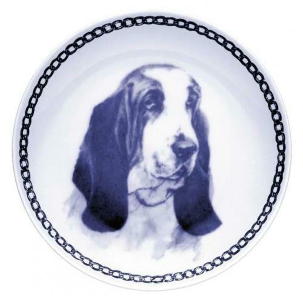 Basset Hound - Dog Plate made in Denmark from the finest European Porcelain