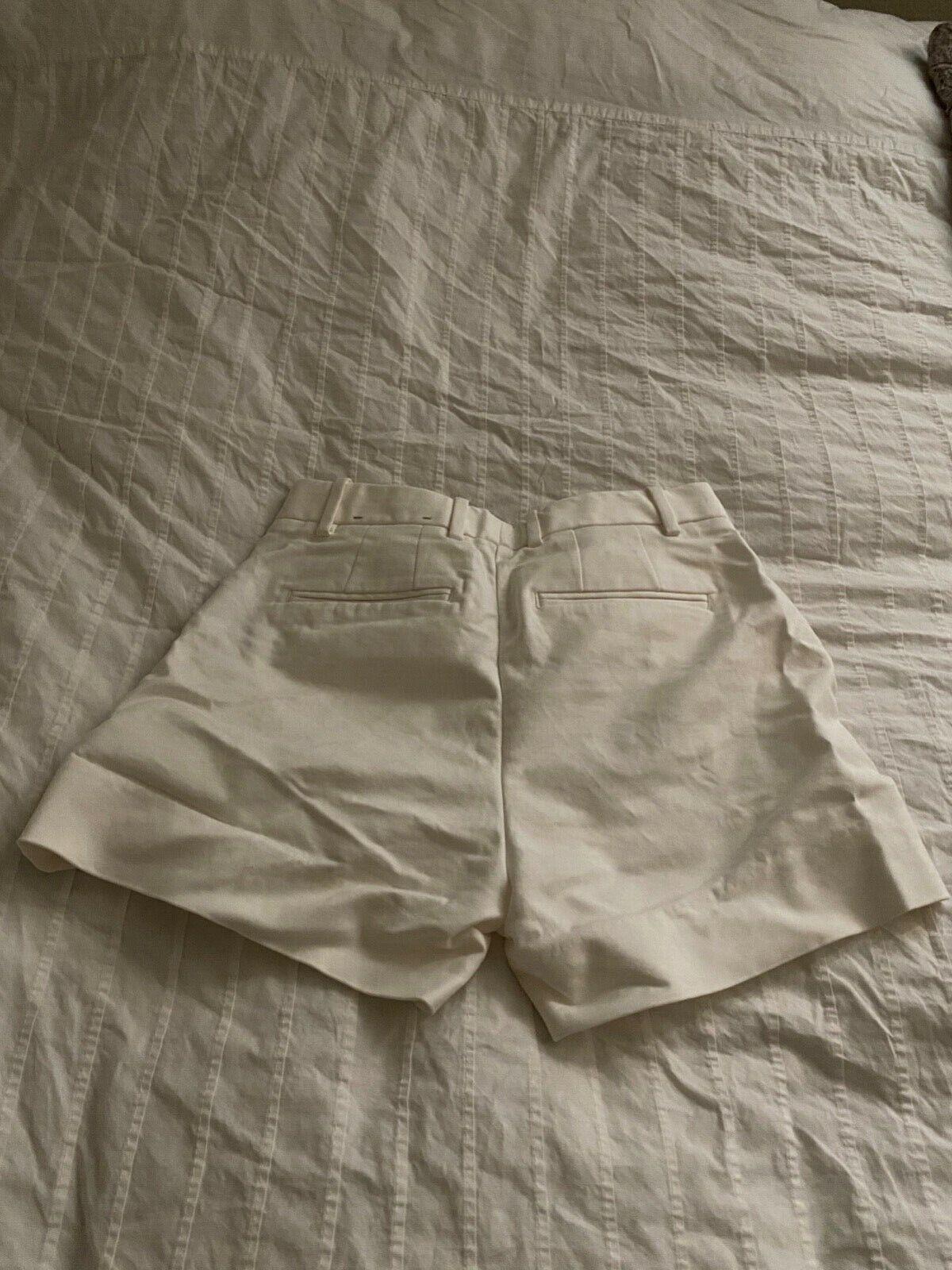 Gap Tailored White Shorts 00R - image 5