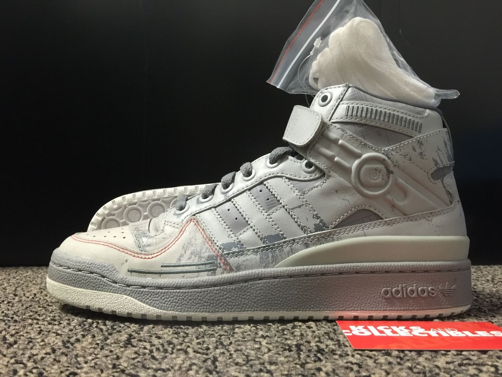 low priced 68985 50be0 good ADIDAS ORIGINALS X STAR WARS AT AT FORUM MID G17354 DS 8.5 force new  grey