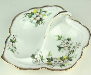 Leaf-Shaped-Serving-Dish-Royal-Albert-White-Dogwood-reduced