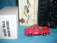 829A Matchbox Yesteryear Ford F 100 Pick-up Rouge 1:43