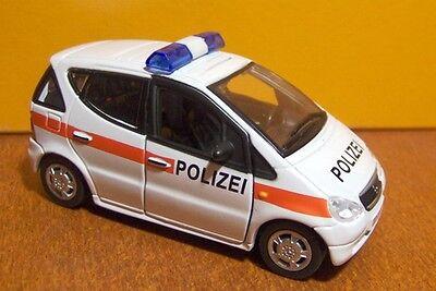 - Polizei Österreich - Mercedes Klasse A - 2001 1/43 Polizia Austria Police Garantire Un Aspetto Simile Al Nuovo In Modo Indefinibile