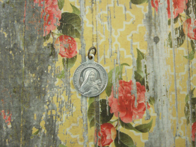 Vintage Catholic Medal ST. THERESE of Lisieux w/ Carmelite shield 12mm