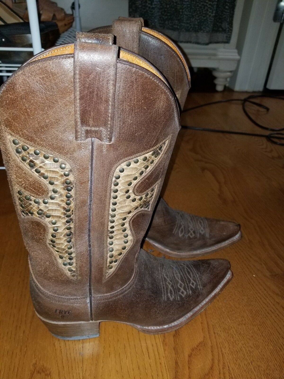 Frye Light Daisy Duke Marronee Cowboy Western stivali Snake Skin Inlay 9.5