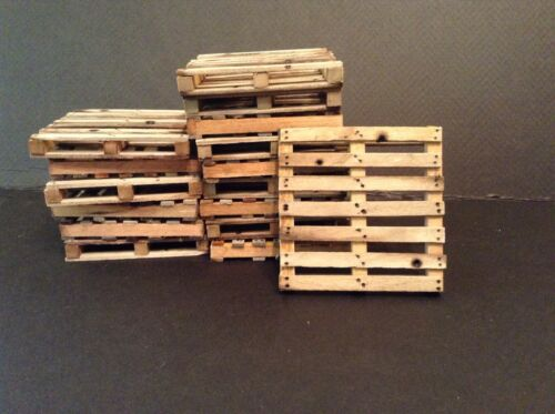 "One 1:12 Shipping Pallet 2.875 x 2.875/"" Weathered Dollhouse Miniature 6/"" Action"