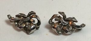2-Vintage-Marcasite-Small-Bow-Brooches-Left-and-Right-Safety-Clasp-1950s-VGC