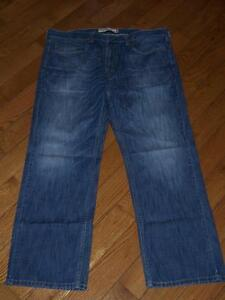 5abad199383 MEN S LEVI S 559 RELAXED STRAIGHT DENIM JEANS W 38