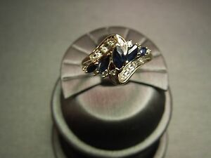 Vintage 1970s yellow gold sapphire diamond for Waterfall design ring