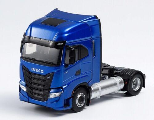 Tracteur Iveco S-WAY NP Bleu