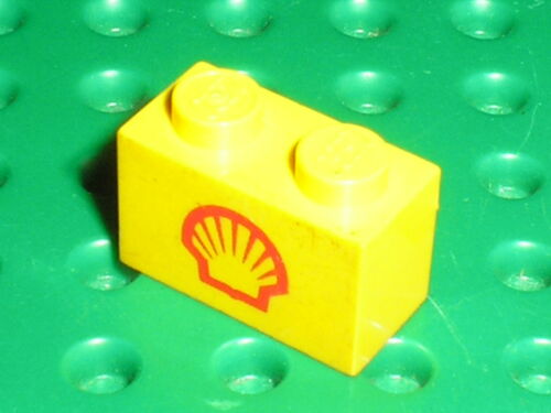 LEGO VINTAGE Brick with SHELL Pattern ref 3004px26 Set 6610 Gas Pumps
