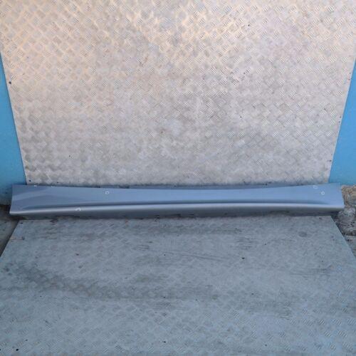 BMW 1 er E87 Schwellerleiste Blende Schweller rechts Quarzblau Blau Metallic