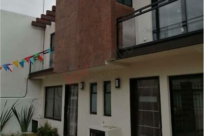 Casa en Venta cerca de la 14 sur y 16 de septiembre, Ciudad Universitaria