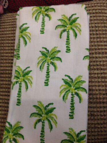 2 WHITE WITH GREEN PALM TREES 100/% COTTON  NIP CASABA  KITCHEN TEA TOWELS
