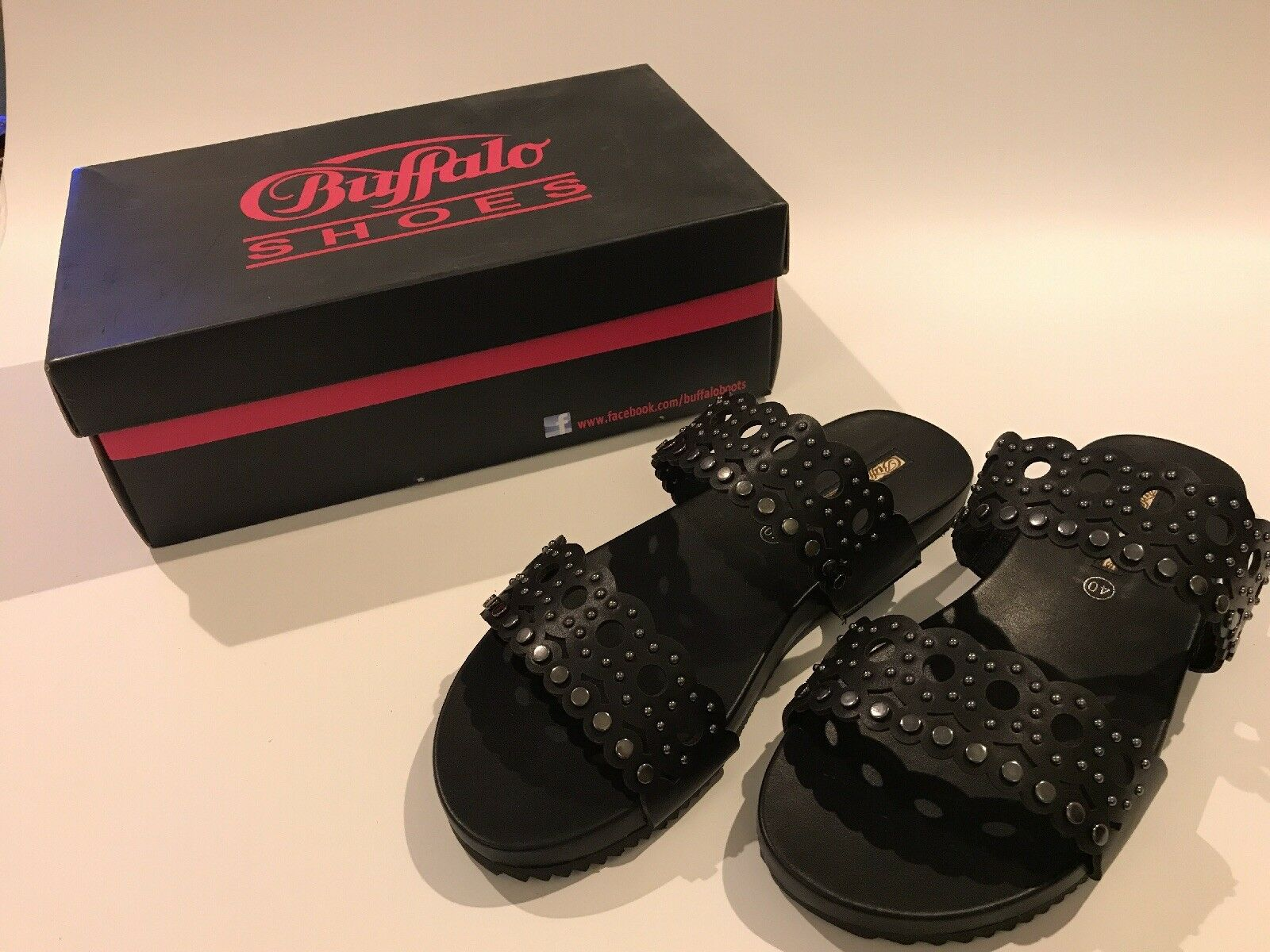Buffalo Women's black 7.5 leather Sandals UK size 7.5 black 8 NEW and boxed **Reduced** dbe4f5