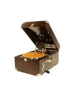 Antique Victor Victrola VV-50 Talking Machine Portable