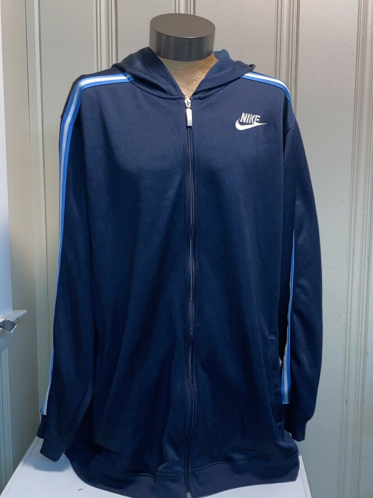 vintage 90s blue and white Nike swoosh hoodie XL … - image 3