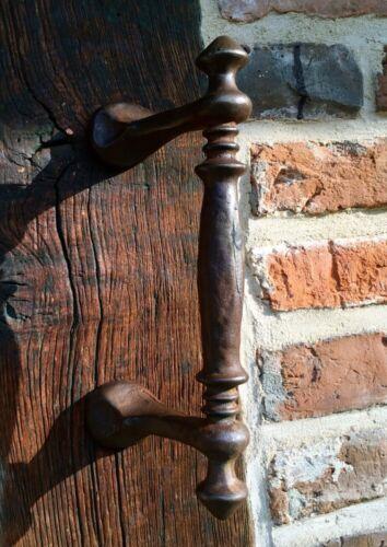 Türgriff aus Eisen für die Haustür Stossgriff wie antik Griff für altes Tor