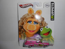 Hot Wheels Pop Culture Muppets Series Miss Piggy/Kermit '59 Chevy Delivery