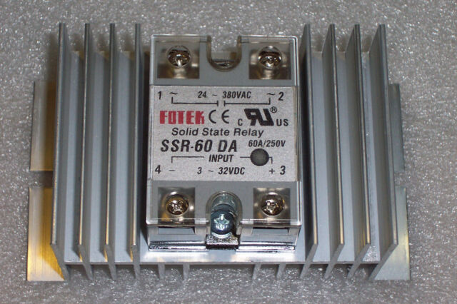 1 PC 24-380 VAC 60 AMP SOLID STATE RELAY  3-32 VDC INPUT  WITH LARGE HEATSINK !