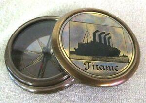 Noble-Marine-Boussole-avec-Gravure-en-Relief-Titanic-Protege-de-la-Rouille