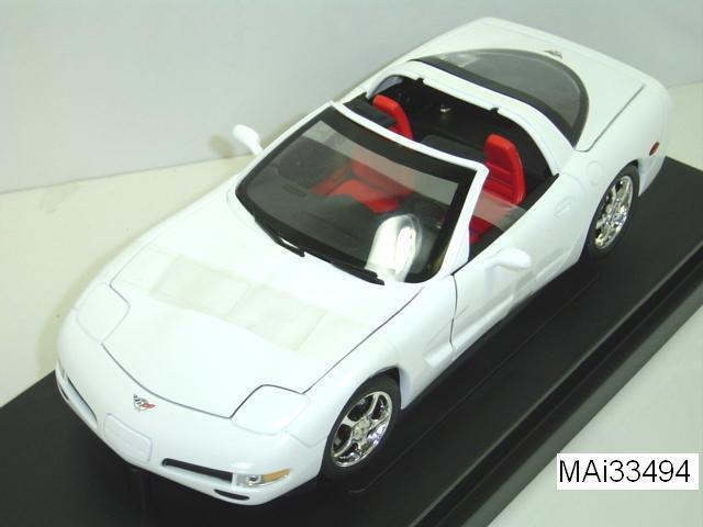 2003 CORVETTE COUPE WHITE 50TH ANNIVERSARY SERIES 1 18 by ERTL AMERICAN MUSCLE