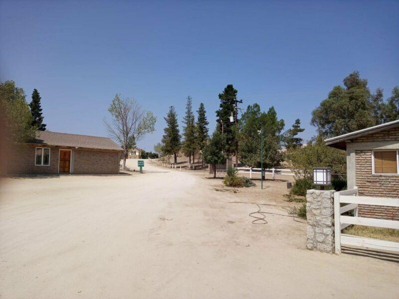Terreno en VENTA en Tecate CLUB CAMPESTRE ERENDIRA excelente ubicacion listo para VENTA $13,000 USD