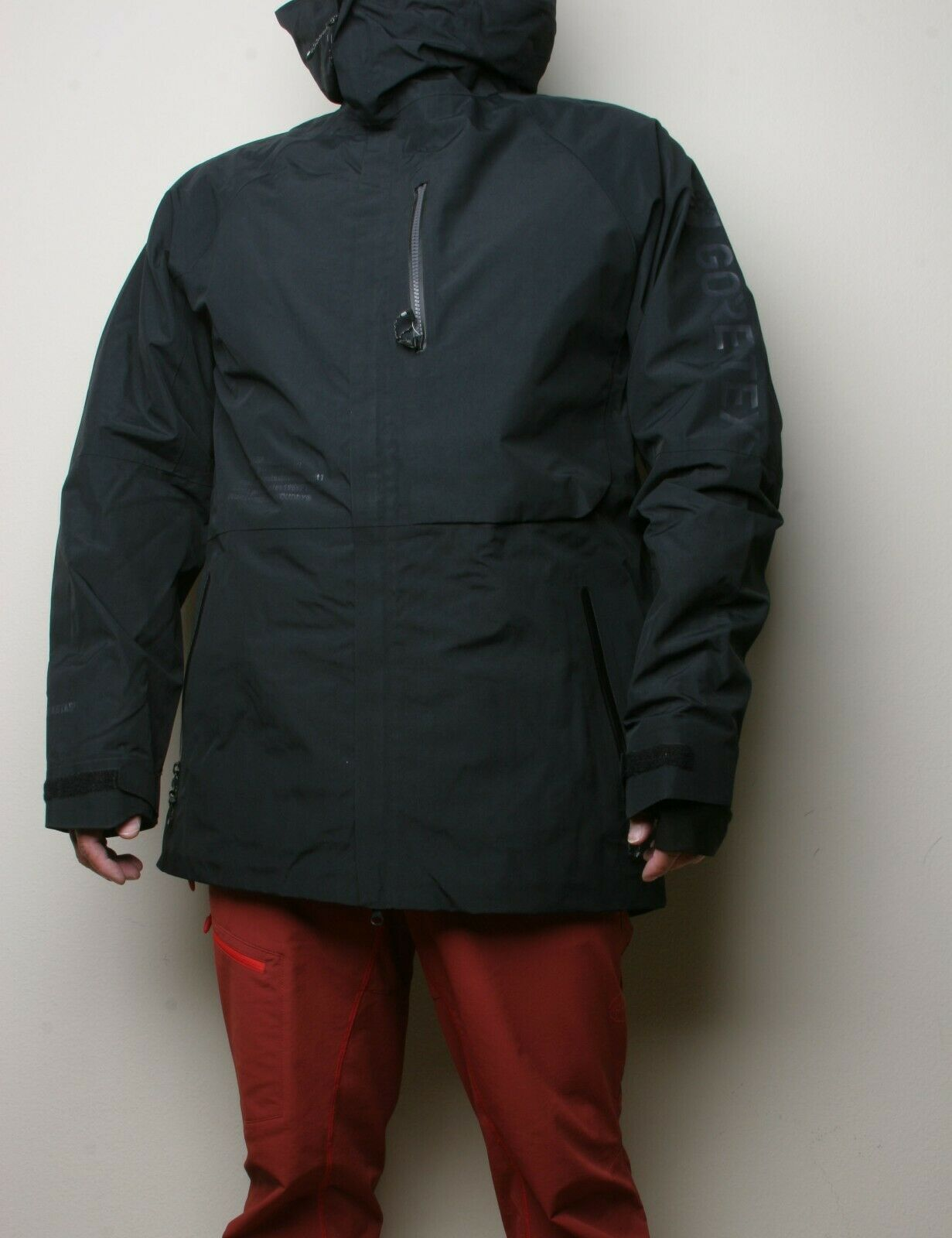 686 Gore Hydrastash Logo Sync Snowboard Jacket (L) Black L9W905-BLK