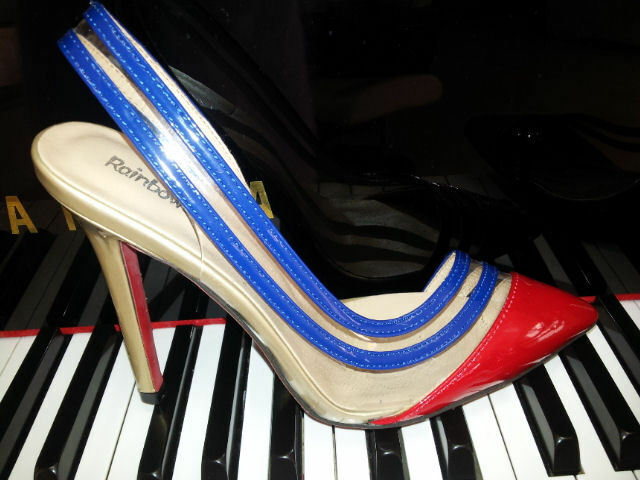Exlusive Schuhe Pums Hight Heels und zeitlos elegant. NEU.