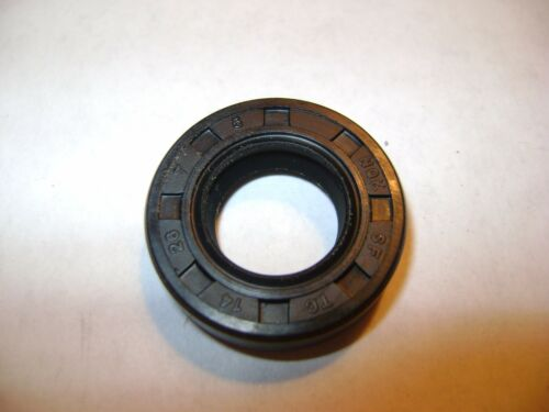 DUST SEAL WITH GARTER SPRING NEW TC 14X26X7 DOUBLE LIPS METRIC OIL