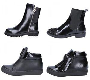 SARA-LOPEZ-scarpe-donna-stivaletti-e-sneakers-nero-pelle-e-tessuto