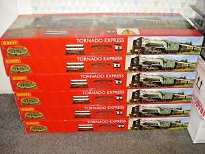 Hornby-R1225-Tornado-Express-Train-Set-this-is-DCC-READY-BRAND-NEW