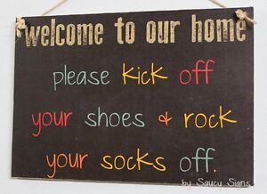 Welcome-To-Our-Home-Shoes-Off-Sign-Shabby-Rustic-Chic-Door-Socks-Rock-Sign
