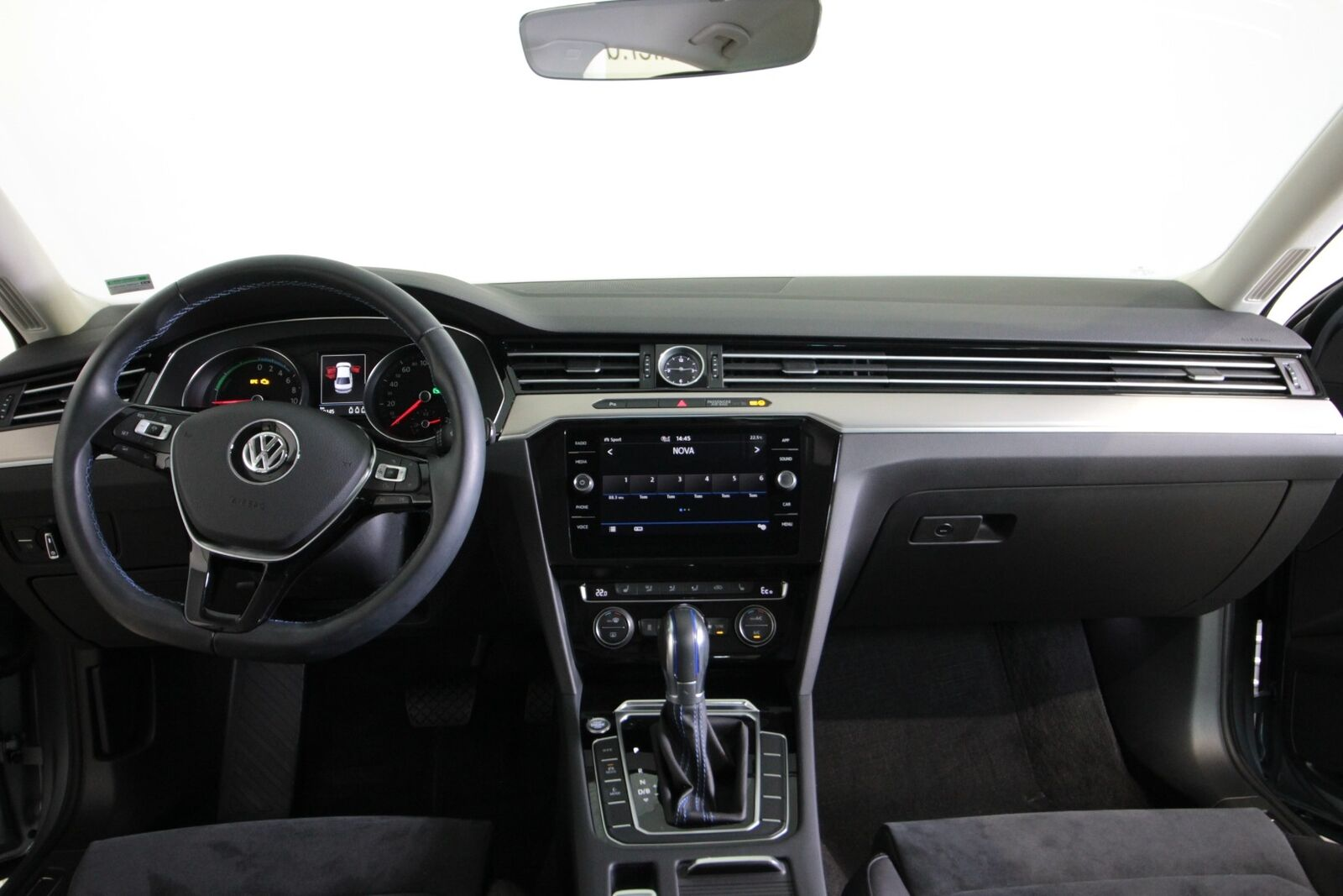 VW Passat GTE DSG