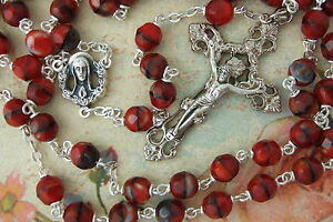 Catholic-Rosary-RUBY-RED-Multi-Faceted-Glass-Beads-Ornate-Crucifix-Center-medal