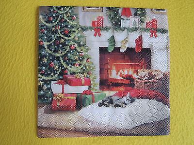 5 Servietten am Kamin  kleine Motive Serviettentechnik  Weihnachten Feuer Socken