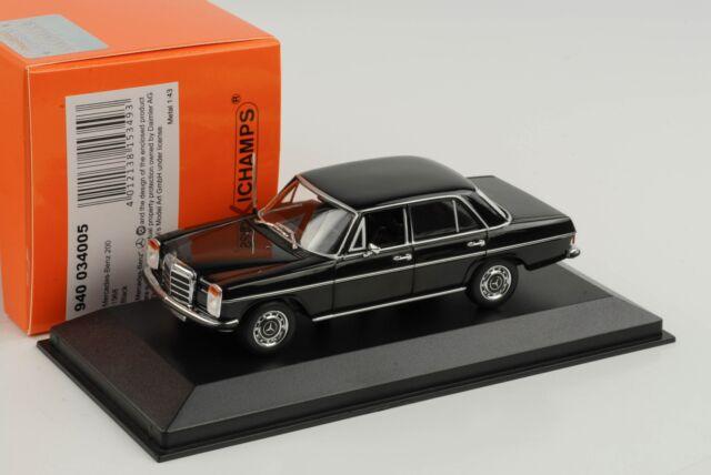 Mercedes-Benz 200D / 8 W115 Saloon 1968 Negro 1:43 Maxichamps Minichamps