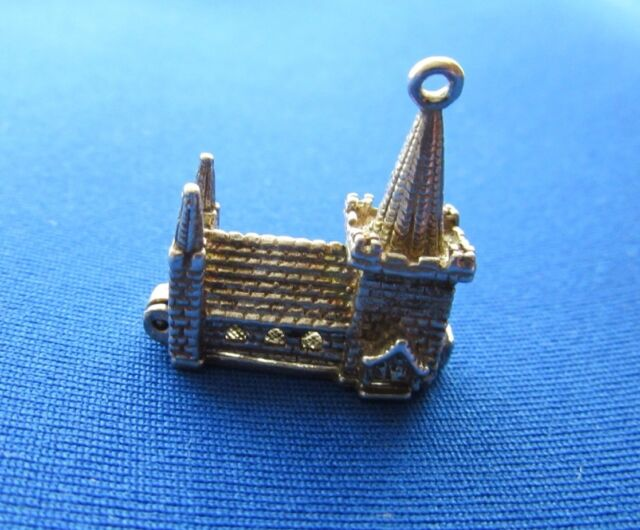 VINTAGE 925 STERLING SILVER BRACELET CHARM CHURCH OPENING TO A COUPLE  5.3 g