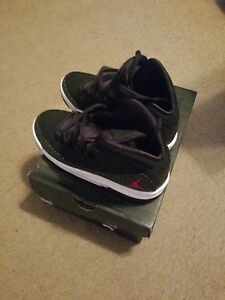 Boy Jordans Size 4   eBay