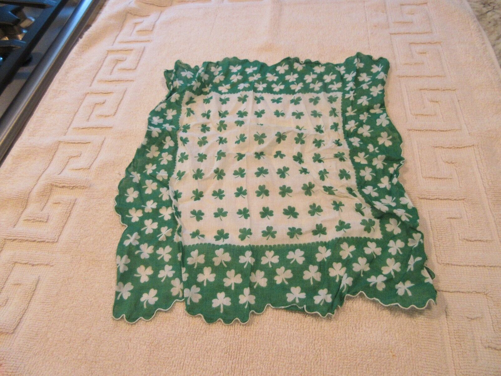 Pretty Ladies , Vintage , Fancy , Hankerchief , St. Pat