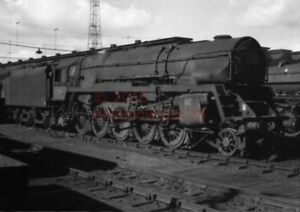 PHOTO-BR-92023-IN-THE-SHED-YARD-AT-CREWE-SOUTH