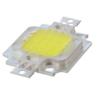 5-LED-IC-LAMPADINA-BIANCO-10-WATT-20000K-900LM-9-12V-M0J6