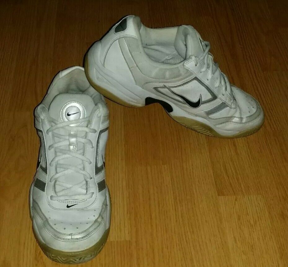 Men's Vintage NIKE City Court III Tennis shoes Size 10.5 (315212-142) (M-115)
