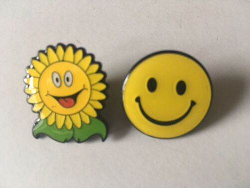 10 Smiley Happy Emoji Pin Badges Sunflower LOL