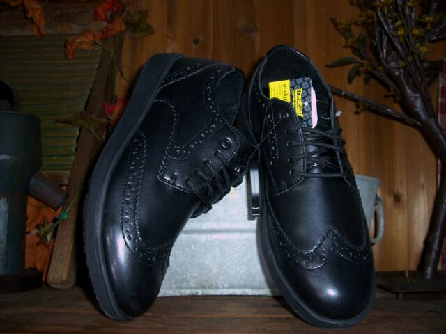 TredSafe Mens Wing Tip Design Oil and