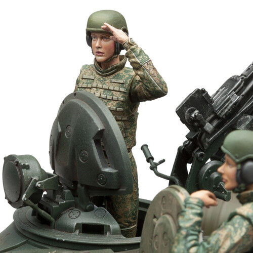 SOL RESIN FACTORY, MM262 , Russia Female Tank Crew (3 FIGURES) , SCALE 1 16