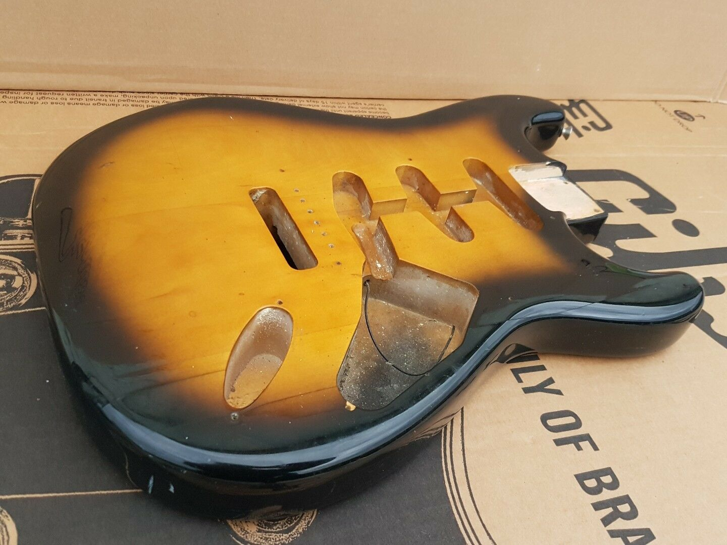 1982 SQUIER by FENDER STRATOCASTER JV  BODY '57 - made in JAPAN