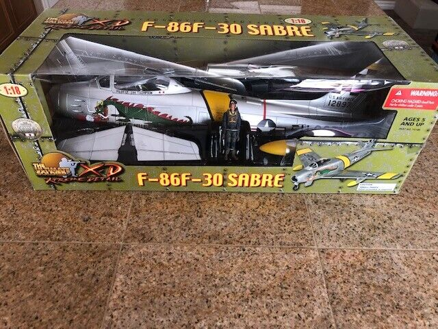 1 18 F-86F-30-SABRE Ultimate Soldier w  Dragon art, 21st Century Toys, Korea