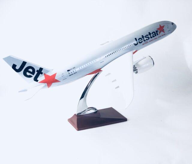 JETSTAR   LARGE PLANE MODEL DREAMLINER B787  SOLID RESIN 2kg apx 43cm 1:160