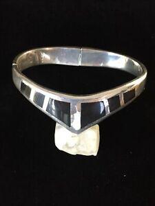 Vintage-Sterling-Silver-Bracelet-Black-Onyx-Chevron-Taxco-Double-Hinged-Heavy